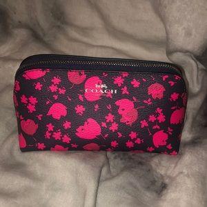 Small coach makeup bag